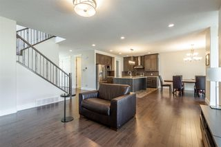 Photo 10: 10976 75 Avenue in Edmonton: Zone 15 House for sale : MLS®# E4156928