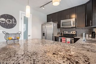 Photo 4: 10 13810 166 Avenue in Edmonton: Zone 27 Townhouse for sale : MLS®# E4157253