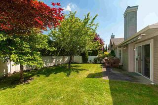 """Photo 16: 23 16888 80 Avenue in Surrey: Fleetwood Tynehead Townhouse for sale in """"STONECROFT"""" : MLS®# R2371189"""