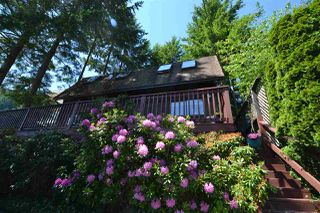 "Photo 15: 1145 MARINE Drive in Gibsons: Gibsons & Area House for sale in ""HOPKINS LANDING"" (Sunshine Coast)  : MLS®# R2373246"
