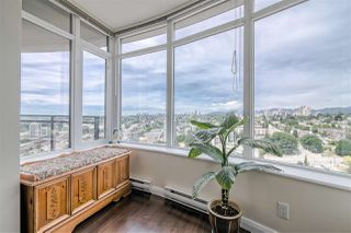 """Photo 6: 3707 888 CARNARVON Street in New Westminster: Downtown NW Condo for sale in """"MARINUS TOWER"""" : MLS®# R2380630"""