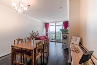 """Photo 10: 3707 888 CARNARVON Street in New Westminster: Downtown NW Condo for sale in """"MARINUS TOWER"""" : MLS®# R2380630"""