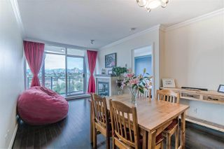 """Photo 11: 3707 888 CARNARVON Street in New Westminster: Downtown NW Condo for sale in """"MARINUS TOWER"""" : MLS®# R2380630"""