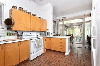 Photo 8: 439 Sumach St, Toronto, Ontario M4X 1V6 in Toronto: Semi-Detached for sale (Cabbagetown-South St. James Town)  : MLS®# C3787697