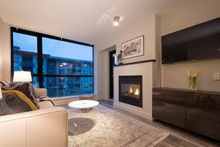 "Photo 4: 404 124 W 1ST Street in North Vancouver: Lower Lonsdale Condo for sale in ""The ""Q"""" : MLS®# R2430704"