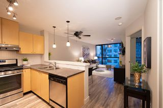 "Photo 6: 404 124 W 1ST Street in North Vancouver: Lower Lonsdale Condo for sale in ""The ""Q"""" : MLS®# R2430704"