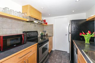 "Photo 11: 210 1341 GEORGE Street: White Rock Condo for sale in ""OCEAN VIEW"" (South Surrey White Rock)  : MLS®# R2435728"