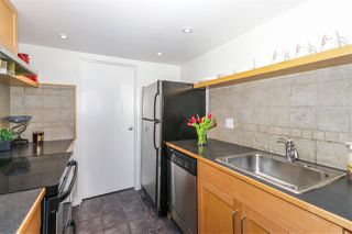 "Photo 10: 210 1341 GEORGE Street: White Rock Condo for sale in ""OCEAN VIEW"" (South Surrey White Rock)  : MLS®# R2435728"