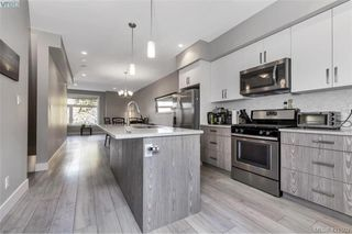 Photo 3: 125 933 Wild Ridge Way in VICTORIA: La Happy Valley Row/Townhouse for sale (Langford)  : MLS®# 421502