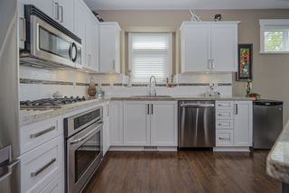 """Photo 10: 8 22865 TELOSKY Avenue in Maple Ridge: East Central Townhouse for sale in """"WINDSONG"""" : MLS®# R2454339"""