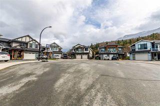 "Photo 3: 51117 ZANDER Place in Chilliwack: Eastern Hillsides House for sale in ""Aspen Woods"" : MLS®# R2459346"