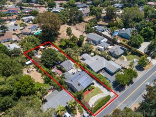 Photo 12: VISTA House for sale : 3 bedrooms : 950 Eucalyptus Ave