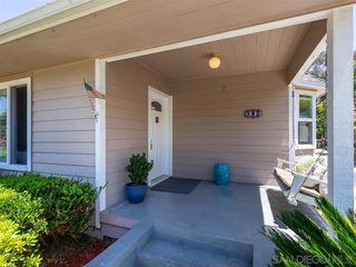 Photo 4: VISTA House for sale : 3 bedrooms : 950 Eucalyptus Ave