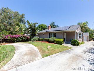 Photo 2: VISTA House for sale : 3 bedrooms : 950 Eucalyptus Ave