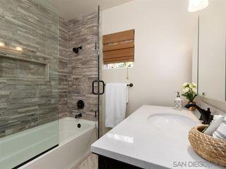 Photo 21: VISTA House for sale : 3 bedrooms : 950 Eucalyptus Ave