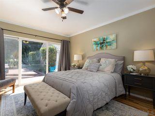 Photo 13: VISTA House for sale : 3 bedrooms : 950 Eucalyptus Ave