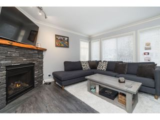 """Photo 6: 35 20771 DUNCAN Way in Langley: Langley City Townhouse for sale in """"Wyndham Lane"""" : MLS®# R2524848"""