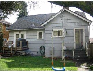 """Photo 3: 1703 EDINBURGH Street in New Westminster: West End NW House for sale in """"WEST END"""" : MLS®# V876579"""