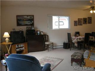 Photo 2: 25 1215 Craigflower Road in VICTORIA: VR Glentana Manu Double-Wide for sale (View Royal)  : MLS®# 290811
