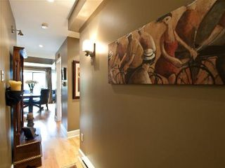 Photo 4: SPECTACULAR PENTHOUSE IN FAIRVIEW!