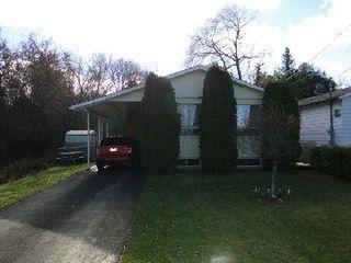 Photo 1: 607 North Street in Brock: Beaverton House (Bungalow-Raised) for sale : MLS®# N2788488