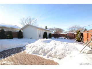 Photo 32: 1056 HOWSON Street in Regina: Mount Royal Single Family Dwelling for sale (Regina Area 02)  : MLS®# 486390