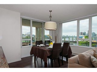 """Photo 7: 405 125 MILROSS Avenue in Vancouver: Mount Pleasant VE Condo for sale in """"Citygate at Creekside"""" (Vancouver East)  : MLS®# V1065427"""