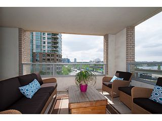 """Photo 1: 405 125 MILROSS Avenue in Vancouver: Mount Pleasant VE Condo for sale in """"Citygate at Creekside"""" (Vancouver East)  : MLS®# V1065427"""