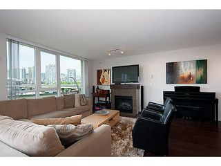 "Photo 4: 405 125 MILROSS Avenue in Vancouver: Mount Pleasant VE Condo for sale in ""Citygate at Creekside"" (Vancouver East)  : MLS®# V1065427"