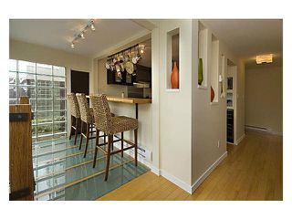 "Photo 8: 2237 OAK Street in Vancouver: Fairview VW Townhouse for sale in ""SIXTH ESTATE"" (Vancouver West)  : MLS®# V1096502"