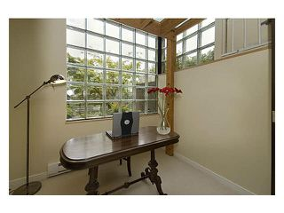 "Photo 11: 2237 OAK Street in Vancouver: Fairview VW Townhouse for sale in ""SIXTH ESTATE"" (Vancouver West)  : MLS®# V1096502"