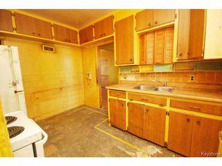 Photo 3: 364 Kimberly Avenue in WINNIPEG: East Kildonan Residential for sale (North East Winnipeg)  : MLS®# 1509655