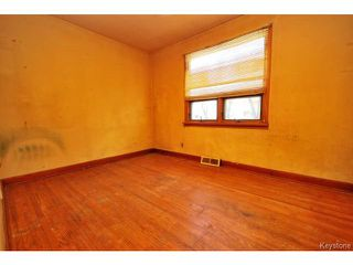 Photo 6: 364 Kimberly Avenue in WINNIPEG: East Kildonan Residential for sale (North East Winnipeg)  : MLS®# 1509655