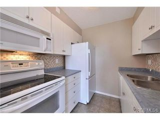Photo 9: 305 327 Maitland St in VICTORIA: VW Victoria West Condo Apartment for sale (Victoria West)  : MLS®# 702101