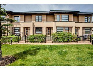 Photo 1: 157 ASPEN HILLS Villa(s) SW in Calgary: Aspen Woods House for sale : MLS®# C4013892