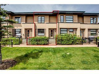 Photo 2: 157 ASPEN HILLS Villa(s) SW in Calgary: Aspen Woods House for sale : MLS®# C4013892