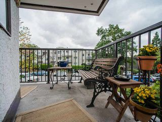 "Photo 13: 202 1585 E 4TH Avenue in Vancouver: Grandview VE Condo for sale in ""ALPINE PLACE"" (Vancouver East)  : MLS®# V1139592"