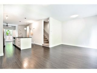 "Photo 14: 21 13864 HYLAND Road in Surrey: East Newton Townhouse for sale in ""TEO"" : MLS®# F1450968"