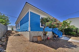 Photo 3: LOGAN HEIGHTS House for sale : 3 bedrooms : 122 S 20TH in SAN DIEGO