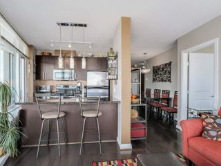 """Photo 6: 3306 888 CARNARVON Street in New Westminster: Downtown NW Condo for sale in """"MARINUS"""" : MLS®# R2053653"""