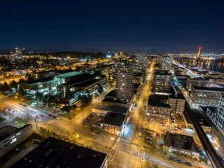 """Photo 2: 3306 888 CARNARVON Street in New Westminster: Downtown NW Condo for sale in """"MARINUS"""" : MLS®# R2053653"""