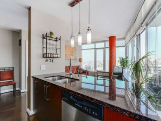 """Photo 5: 3306 888 CARNARVON Street in New Westminster: Downtown NW Condo for sale in """"MARINUS"""" : MLS®# R2053653"""