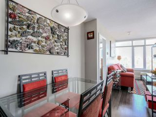 """Photo 9: 3306 888 CARNARVON Street in New Westminster: Downtown NW Condo for sale in """"MARINUS"""" : MLS®# R2053653"""