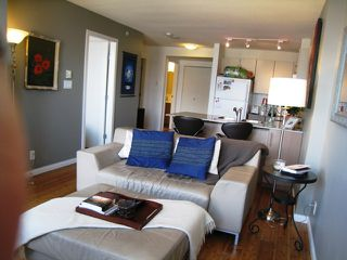 "Photo 5: 2005 550 TAYLOR Street in Vancouver: Downtown VW Condo for sale in ""Taylor"" (Vancouver West)  : MLS®# R2073909"