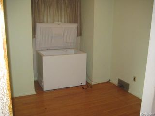 Photo 8: 631 Chalmers Avenue in Winnipeg: East Kildonan Residential for sale (North East Winnipeg)  : MLS®# 1614752