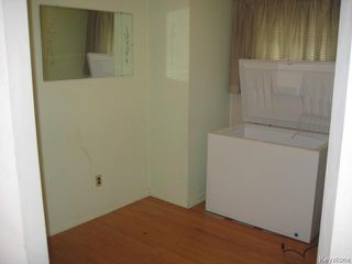 Photo 7: 631 Chalmers Avenue in Winnipeg: East Kildonan Residential for sale (North East Winnipeg)  : MLS®# 1614752