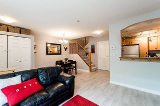 Photo 4: 57 7488 SOUTHWYNDE Avenue in Burnaby: South Slope Townhouse for sale (Burnaby South)  : MLS®# R2079333
