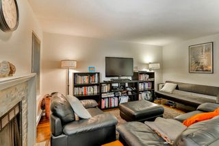 """Photo 3: 2886 MT SEYMOUR Parkway in North Vancouver: Blueridge NV Townhouse for sale in """"MCCARTNEY LANE"""" : MLS®# R2080201"""