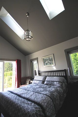 """Photo 7: 450 CENTRAL Avenue in Gibsons: Gibsons & Area House for sale in """"Granthams Landing"""" (Sunshine Coast)  : MLS®# R2083036"""
