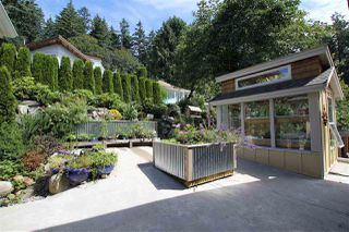 """Photo 20: 450 CENTRAL Avenue in Gibsons: Gibsons & Area House for sale in """"Granthams Landing"""" (Sunshine Coast)  : MLS®# R2083036"""